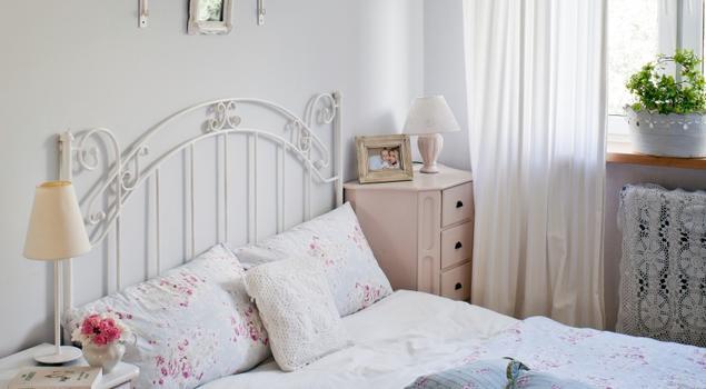 Biała Sypialnia W Stylu Romantycznym Strona 4