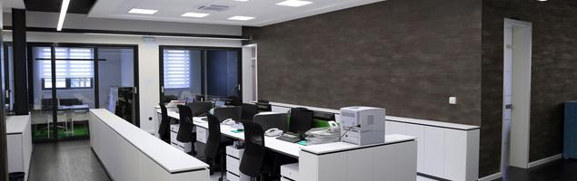 Płyty laminowane w aranżacji nowoczesnego biura
